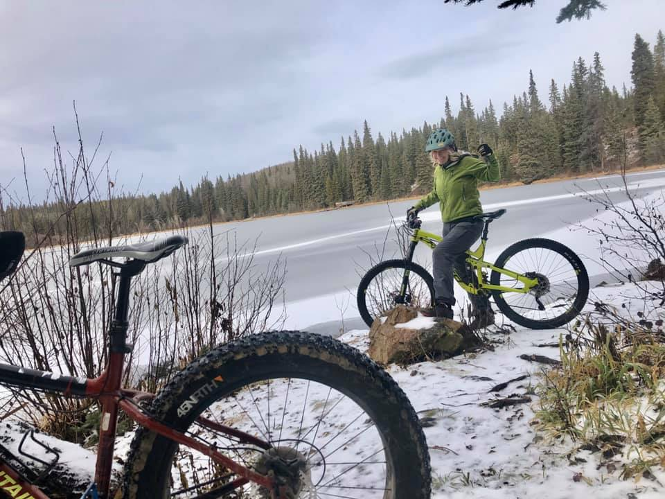 fatbiking patt on lake